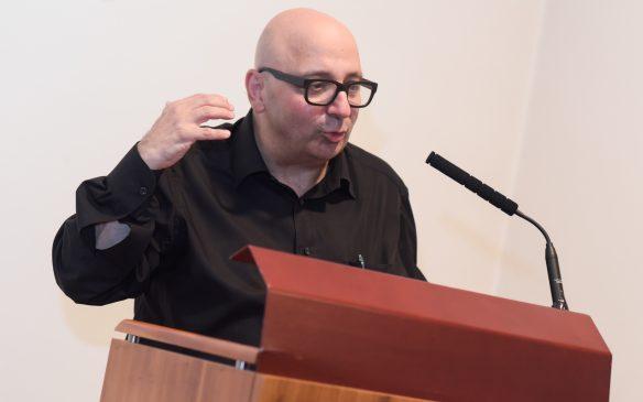 Armin Nassehi, Professor für Allgemeine Soziologie und Gesellschaftstheorie an der Ludwig-Maximilians-Universität München